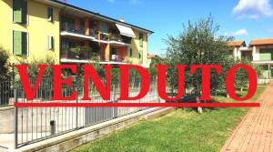 BARDOLINO (Calmasino) – RECENTE TRILOCALE CON GIARDINO ANGOLARE